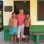 Die beiden Brüder Carlito und Mauricio v. links. Unsere Krankenspfleger und Mikroskopisten