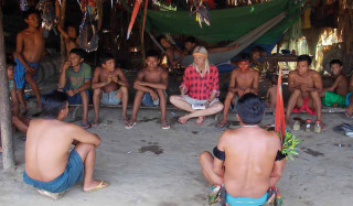 Besprechung bei den Yanomami in Ixima