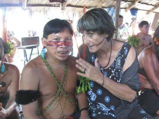 Anna ist Vertraute und Beraterin der Yanomami