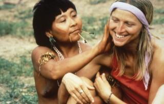 """1990 Erste Begegnung und """"Berührung"""" mit den Yanomami"""