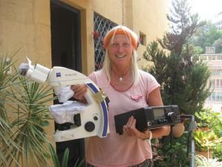 Endlich konnte ich die wichtigen Sprechfunkgeräte und das Mikroskop durch den Zoll von Caracas bekommen