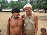 Der Häuptling und Schamane von Ixima begrüßte Christina Haverkamp bei ihrem Besuch 2005 sehr herzlich.